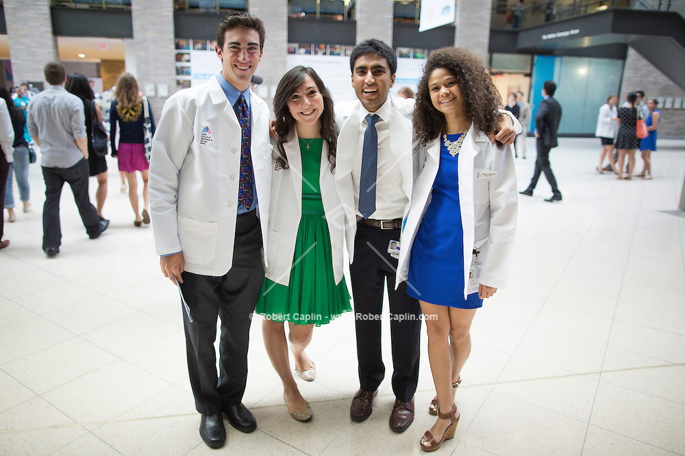 Mount Sinai School of Medicine White Coat Ceremony for First Year Students. <br />  Photo © Robert Caplin