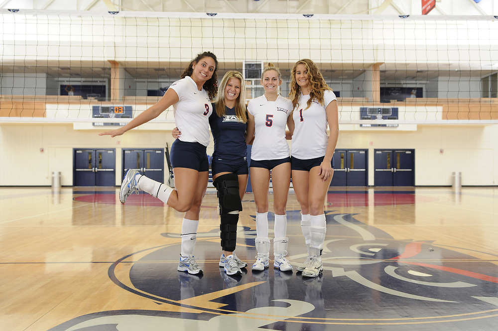 2010 FAU Women's Volleyball Photo Day