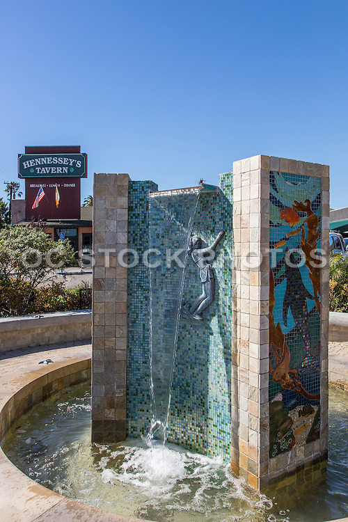 La Plaza Fountain and Hennessey's Tavern in Dana Point