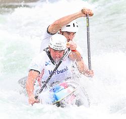 27.06.2015, Verbund Wasserarena, Wien, AUT, ICF, Kanu Wildwasser Weltmeisterschaft 2015, C2 men, im Bild v.l. Simeon Hocevar, Blaz Cof (SLO) // during the final run in the men's C2 class of the ICF Wildwater Canoeing Sprint World Championships at the Verbund Wasserarena in Wien, Austria on 2015/06/27. EXPA Pictures © 2014, PhotoCredit: EXPA/ Sebastian Pucher