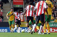 Photo: Ashley Pickering.<br /> Norwich City v Southampton. Coca Cola Championship. 18/08/2007.<br /> Kenwyne Jones (second L) scores the opener Southampton