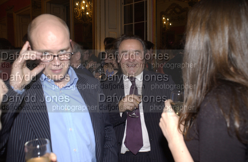 Toby Young and Peter McKay. Bad Sex Awards. In and Out Club. 4 December 2001. © Copyright Photograph by Dafydd Jones 66 Stockwell Park Rd. London SW9 0DA Tel 020 7733 0108 www.dafjones.com