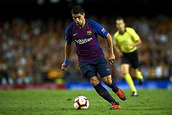 October 8, 2018 - Valencia, Valencia, Spain - Luis Suarez controls the ball during the week 8 of La Liga match between Valencia CF and FC Barcelona at Mestalla Stadium in Valencia, Spain on October 7, 2018. (Credit Image: © Jose Breton/NurPhoto/ZUMA Press)