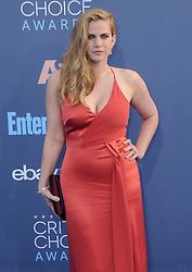 Anna Chlumsky  bei der Verleihung der 22. Critics' Choice Awards in Los Angeles / 111216