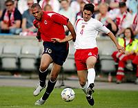 Fotball , 2. juni 2007 , EM-kvalifisering , Norge - Malta 4-0 , John Carew , Norge og Brian Said , Malta