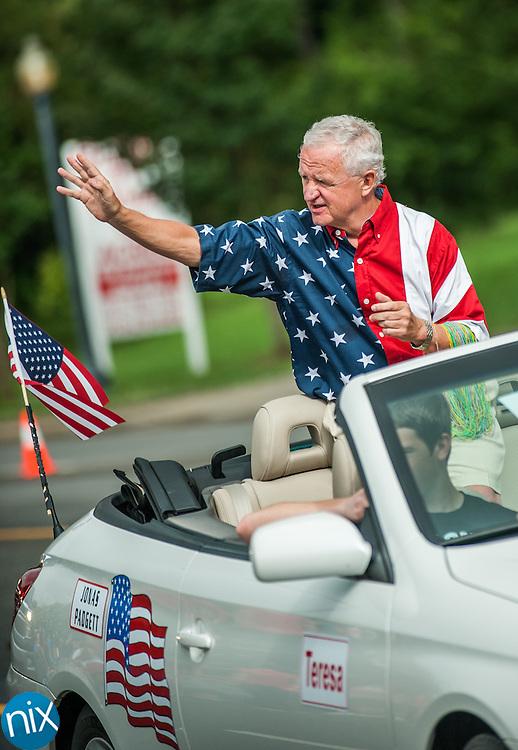 Concord Mayor Scott Padgett the Harrisburg 4th of July parade along Highway 49 in Harrisburg Thursday morning.
