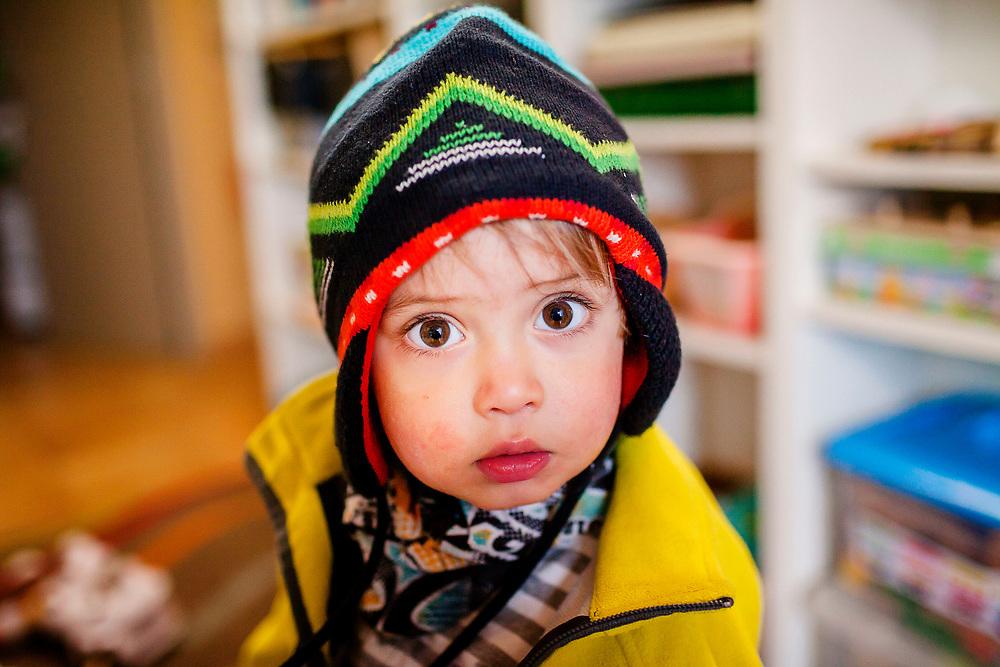 En Juli és un nen molt divertit que li agrada fer-se moltes fotos en familia.