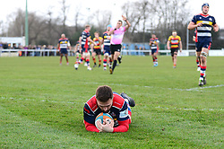 Jordan Williams of Bristol Rugby scores a try - Mandatory by-line: Dougie Allward/JMP - 30/12/2017 - RUGBY - The Athletic Ground - Richmond, England - Richmond v Bristol Rugby - Greene King IPA Championship