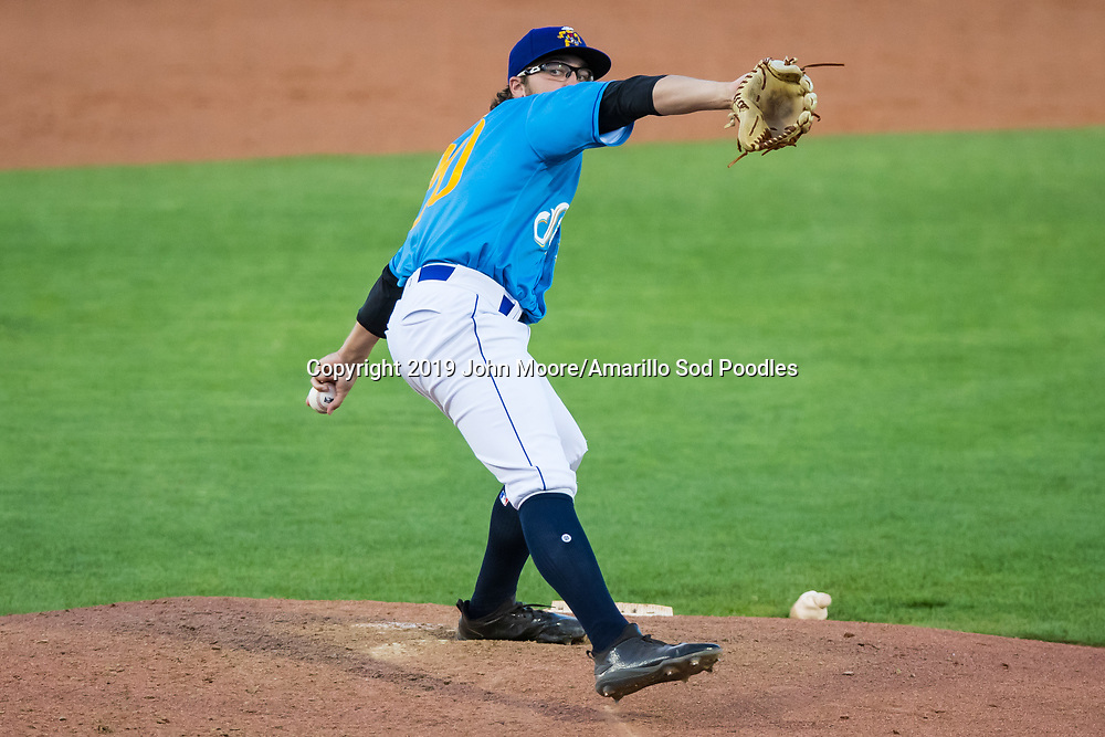 Amarillo Sod Poodles pitcher Sam Williams (20) pitches against the Arkansas Travelers on Friday, Aug. 30, 2019, at HODGETOWN in Amarillo, Texas. [Photo by John Moore/Amarillo Sod Poodles]