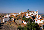Monsaraz is a little village on a top of a hill sorrounded by stone walls.