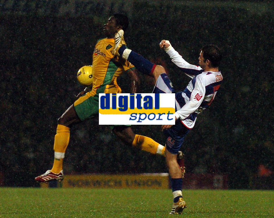 Photo: Ashley Pickering.<br />Norwich City v Queens Park Rangers. Coca Cola Championship. 30/12/2006.<br />QPR's Lee Cook (R) challenges for the ball