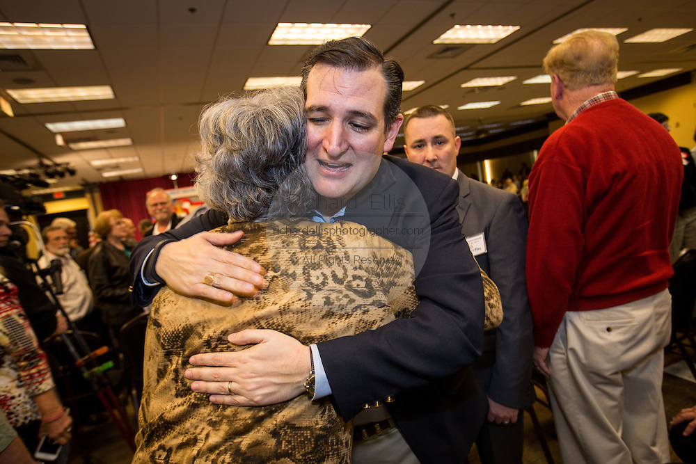 Senator Ted Cruz hugs a supporter at the South Carolina Tea Party Coalition convention on January 18, 2015 in Myrtle Beach, South Carolina. A variety of conservative presidential hopefuls spoke at the gathering on the third day of a three day event.