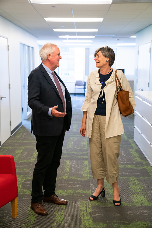 The Ambassador meets with the Director of Energy and Environment for the Washington, D.C. government, Tommy Wells.