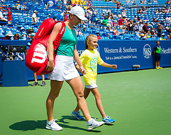 August 19, 2018 - Simona Halep of Romania walks onto the court for the final of the 2018 Western & Southern Open WTA Premier 5 tennis tournament. Cincinnati, Ohio, USA. August 19th 2018. (Credit Image: © AFP7 via ZUMA Wire)