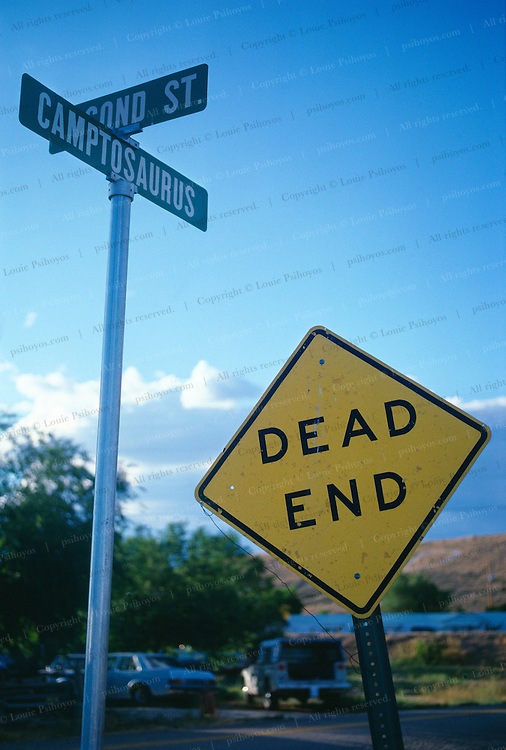 Dead End Sign in the town of Dinosaur, Colorado.