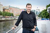 18 JUN 2020, BERLIN/GERMANY:<br /> Lars Klingbeil, SPD Generalsekretaer, Redaktionsschiff ThePioneer ONE auf der Spree<br /> IMAGE: 20200618-03-030