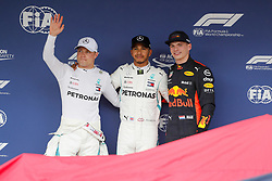 October 6, 2018 - Suzuka, Japan - Motorsports: FIA Formula One World Championship 2018, Grand Prix of Japan, .World Championship 2018 Grand Prix Japan#33 Max Verstappen (NDL, Red Bull Racing), #77 Valtteri Bottas (FIN, Mercedes AMG Petronas), #44 Lewis Hamilton (GBR, Mercedes AMG Petronas F1 Team) (Credit Image: © Hoch Zwei via ZUMA Wire)