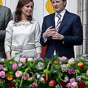 NLD/Middelburg/20100430 -  Koninginnedag 2010, Anita van Eijk en partner Pieter - Christiaan