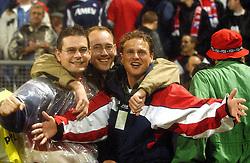 18-10-2001 VOETBAL: UEFA CUP FC UTRECHT - PARMA: UTRECHT<br /> Utrecht verliest met 3-1 van Parma / Ronald Siemons, Okke en Michael<br /> ©2001-WWW.FOTOHOOGENDOORN.NL
