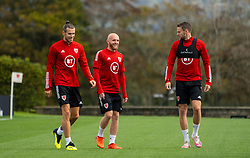 CARDIFF, WALES - Saturday, September 5, 2020: Wales' captain Gareth Bale (L), Jonathan Williams (C) and Chris Gunter (R) during a training session at the Vale Resort ahead of the UEFA Nations League Group Stage League B Group 4 match between Wales and Bulgaria. (Pic by David Rawcliffe/Propaganda)