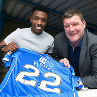 St Johnstone Sign Darnell Fisher