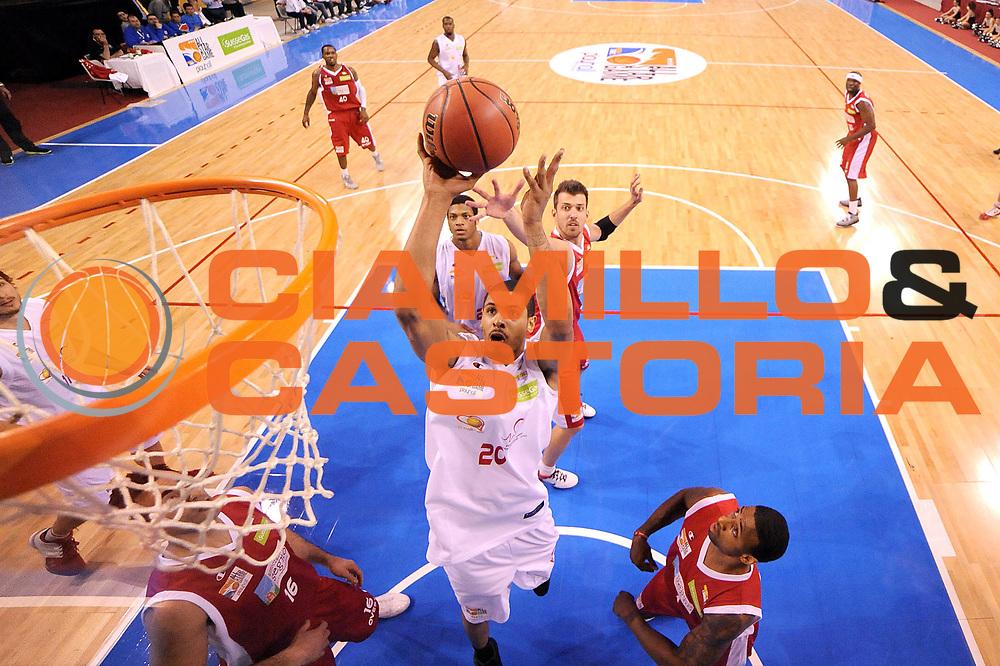 DESCRIZIONE : Riccione SuisseGas All Star Game 2012<br /> GIOCATORE : Terrence Roderick<br /> CATEGORIA : schiacciata tiro special<br /> SQUADRA : Est<br /> EVENTO : All Star Game 2012<br /> GARA : Est Ovest<br /> DATA : 06/04/2012<br /> SPORT : Pallacanestro<br /> AUTORE : Agenzia Ciamillo-Castoria/C.De Massis<br /> Galleria : Lega Basket A2 2011-2012 <br /> Fotonotizia : Riccione SuisseGas All Star Game 2012<br /> Predefinita :