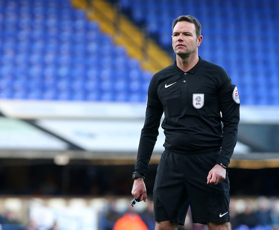 Referee James Linington in action<br /> <br /> Photographer David Shipman/CameraSport<br /> <br /> The EFL Sky Bet Championship - Ipswich Town v Blackburn Rovers - Saturday 14th January 2017 - Portman Road - Ipswich<br /> <br /> World Copyright © 2017 CameraSport. All rights reserved. 43 Linden Ave. Countesthorpe. Leicester. England. LE8 5PG - Tel: +44 (0) 116 277 4147 - admin@camerasport.com - www.camerasport.com