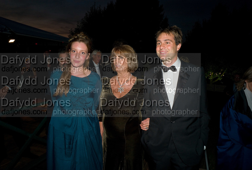 KATE GOLDSMITH; LADY ANNABEL GOLDSMITH; BEN GOLDSMITH, Royal Parks Foundation Summer party. Gala evening, sponsored by Candy & Candy on behalf of One Hyde Park. Hyde Park. London. 10 September 2008 *** Local Caption *** -DO NOT ARCHIVE-© Copyright Photograph by Dafydd Jones. 248 Clapham Rd. London SW9 0PZ. Tel 0207 820 0771. www.dafjones.com.