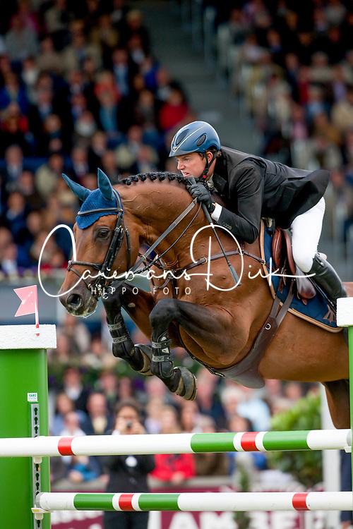 Kreuzer Andreas, GER, Chacco Blue<br /> World Equestrian Festival, CHIO Aachen 2011<br /> © Dirk Caremans