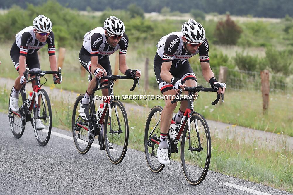 25-06-2017: Wielrennen: NK weg elite: Montferland<br />s-Heerenberg (NED) wielrennen<br />NK Wielrennen Elite  <br />Albert Timmer, Laurens ten Dam,