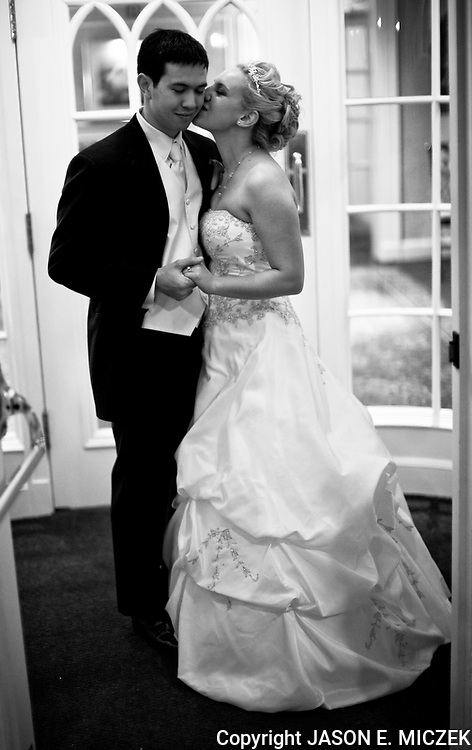 Amanda Lounsbury and Tommy Kosanda wedding rehearsal, rehearsal dinner, wedding and reception in Chicago, Ill Friday, Oct. 16 and Saturday, Oct. 17, 2009. Photos by JASON E. MICZEK - www.miczekphoto.com