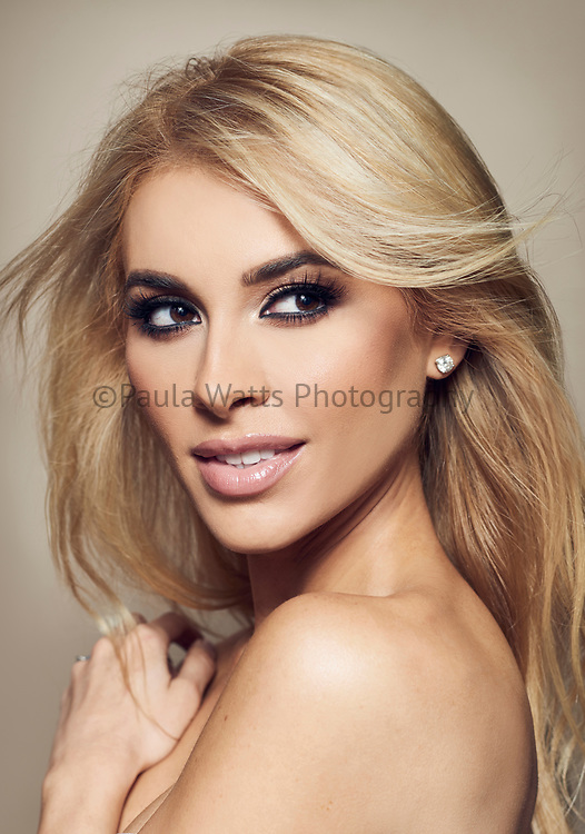 Beauty photographer for cosmetic campaign san diego california