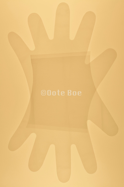 very tin plastic gloves for one time use