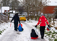 famlies out during the fist lockdown of the year enjoying the the first settled snow in stratford upon Avon in probably 3 years  Photo by Mark Anton Smith