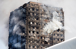 June 14, 2017 - London, London, United Kingdom - Emergency services attend a major fire at Glenfall Tower in Latimer road.Police say there have been several casualties..Image ©Licensed to i-Images Picture Agency. 14/06/2017. London, United Kingdom. Fire at Glenfall tower, London. Picture by Mark Thomas / i-Images (Credit Image: © Mark Thomas/i-Images via ZUMA Press)