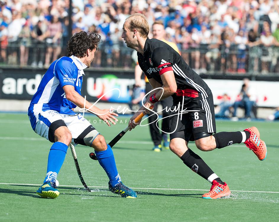 UTRECHT - Billy Bakker (A'dam)   tijdens   de finale van de play-offs om de landtitel tussen de heren van Kampong en Amsterdam (3-1). Kampong kampioen van Nederland. COPYRIGHT  KOEN SUYK