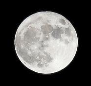 The Super Moon in Donostia