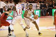 DESCRIZIONE : Pistoia Lega serie A 2013/14 Giorgio Tesi Group Pistoia Victoria Libertas Pesaro<br /> GIOCATORE : gibson kyle<br /> CATEGORIA : palleggio<br /> SQUADRA : Giorgio Tesi Group Pistoia<br /> EVENTO : Campionato Lega Serie A 2013-2014<br /> GARA : Giorgio Tesi Group Pistoia Victoria Libertas Pesaro<br /> DATA : 24/11/2013<br /> SPORT : Pallacanestro<br /> AUTORE : Agenzia Ciamillo-Castoria/GiulioCiamillo<br /> Galleria : Lega Seria A 2013-2014<br /> Fotonotizia : Pistoia Lega serie A 2013/14 Giorgio Tesi Group Pistoia Victoria Libertas Pesaro<br /> Predefinita :