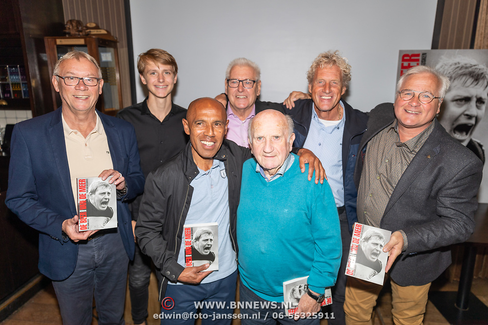 NLD/Ermelo/20190920 - Boeklancering De Beer van de Meer, Piet Schrijvers en anderen oa Simon Tamahata