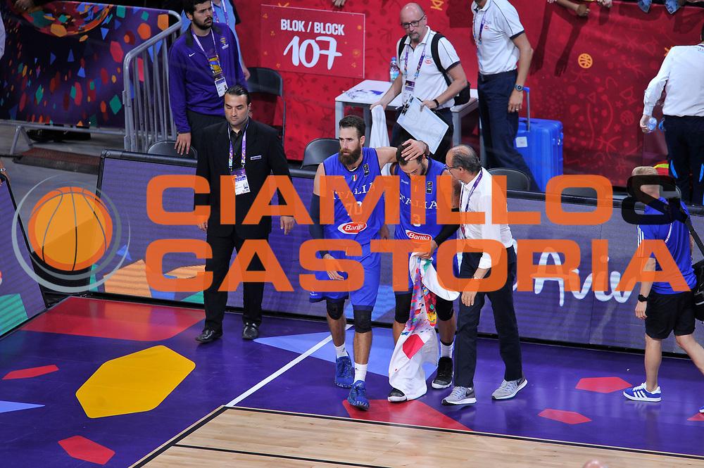 Luigi Datome, Marco Belinelli, Roberto Brunamonti<br /> Nazionale Italiana Maschile Senior<br /> Eurobasket 2017 - Final Phase - Round of 16<br /> Finlandia Italia Finland Italy<br /> FIP 2017<br /> Istanbul, 09/09/2017<br /> Foto GiulioCiamillo / Ciamillo - Castoria
