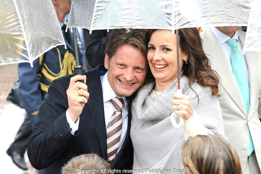 Koninginnedag 2010 . De Koninklijke familie in het zeeuwse Wemeldinge. / Queensday 2010. The Royal Family in Wemeldinge<br /> <br /> op de foto / on the photo : Prins Pieter-Christiaan en Prinses Anita