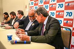 """PORTO ALEGRE, RS, BRASIL, 15-03-2018, 20h21'44"""":  O empresário Rubens Rebés e o advogado Tomaz Schuch são os novos dirigentes do AVANTE, no RS. A posse da direção estadual do partido contou com a presença do Deputado Federal e presidente nacional, Luís Tibê (MG), e ocorreu na noite de quinta-feira (15/3) no Hotel Intercity. AVANTE é um partido político brasileiro, fundado como Partido Trabalhista do Brasil (PTdoB) por dissidentes do Partido Trabalhista Brasileiro (PTB), em 1989. Seu número eleitoral é o 70. O novo nome, criado a partir do desejo das pessoas que lutam por um país que segue em frente, se aproxima ainda mais dos verdadeiros objetivos do partido, alicerçado ao longo de sua história e atrelado aos novos pilares: compromisso, prosperidade, humanidade, coletividade, diálogo, transparência e liberdade. (Foto: Gustavo Roth / Agência Preview) © 15MAR18 Agência Preview - Banco de Imagens"""