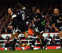 Fotball<br /> Arsenal v Manchester United<br /> 28. mars 2004<br /> Foto: Digitalsport<br /> Norway Only<br /> <br /> LOUIS SAHA MANCHESTER UNITED CELEBRATES SCORING GOAL
