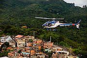 Belo Horizonte_MG, Brasil...Sobrevoo da Policia Militar sobre Belo Horizonte, Minas Gerais.Na foto aglomerado Serra com a Serra do Curral ao fundo...Helicopter of the Military Police over Belo Horizonte, Minas Gerais. In this photo Serra neighborhood with Serra do Curral in the background...Foto: LEO DRUMOND / NITRO