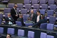 17 FEB 2016, BERLIN/GERMANY:<br /> Sigmar Gabriel (2.v.L.), SPD, Bundeswirtschaftsminister, im Gespraech mit Abgeordneten der SPD, (v.L.): Soenke Rix, Dr. Fritz Felgentreu, Dr. Matthias Miersch, unbekannte Person, Bernd Ruetzel, Martin Doermann, vor Beginn der Sitzung mit Regierunsgerklaerung der Bundeskanzlerin zum Europaeischen Rat, Plenum, Deutscher Bundestag<br /> IMAGE: 20160217-03-001<br /> KEYWORDS: Martin Dörmann, Gespraech, Sönke Rix, Bernd Rützel