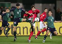 Fotball , mars 2005, Slovenia - Tyskland, v.l. Simon Seslar, Frank Baumann, Robert Koren