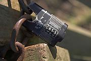 Combination lock padlock