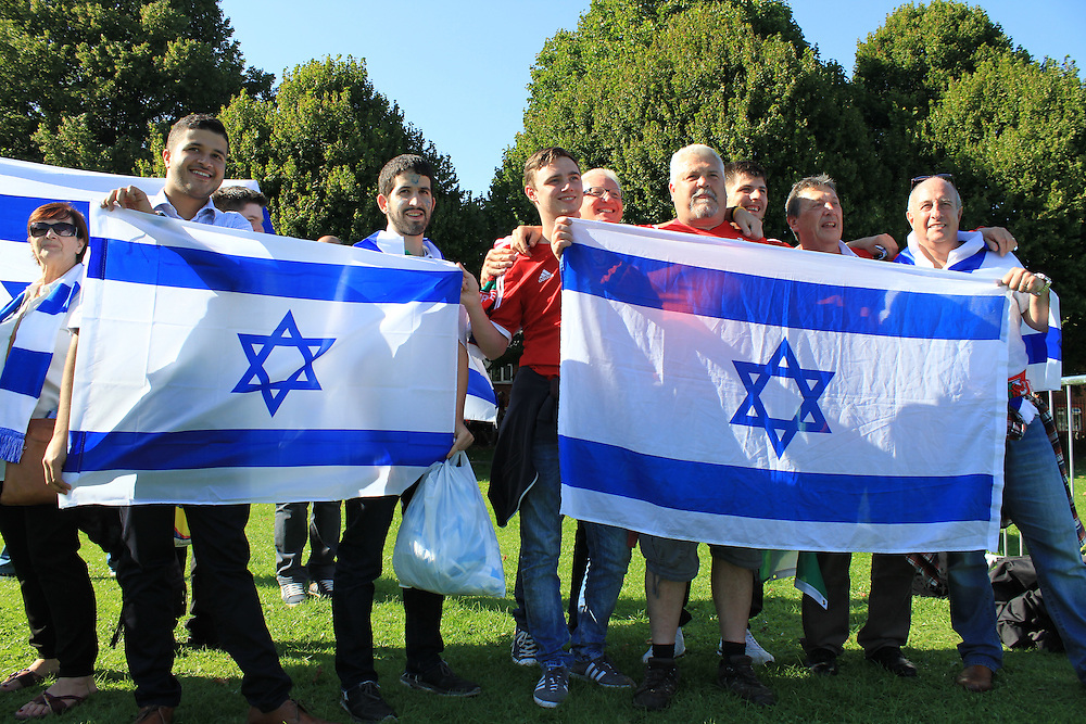 Israeli footballer supporters held a small counter-protest, saying that politics should not be brought into sport.