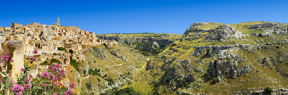 The ancient cave dwellings, known as ? Sassi ? , in Matera, Southern Italy. A UNESCO World Heritage Site. .<br /> <br /> Visit our ROMAN ART & HISTORIC SITES PHOTO COLLECTIONS for more photos to download or buy as wall art prints https://funkystock.photoshelter.com/gallery-collection/The-Romans-Art-Artefacts-Antiquities-Historic-Sites-Pictures-Images/C0000r2uLJJo9_s0<br /> .<br /> <br /> Visit our MEDIEVAL PHOTO COLLECTIONS for more   photos  to download or buy as prints https://funkystock.photoshelter.com/gallery-collection/Medieval-Middle-Ages-Historic-Places-Arcaeological-Sites-Pictures-Images-of/C0000B5ZA54_WD0s