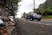 Section of the Kamehameha Hwy. Kaaawa, Oahu, Hawaii RIGHTS MANAGED LICENSE AVAILABLE FROM www.gettyimages.com - contact Sheldon for details